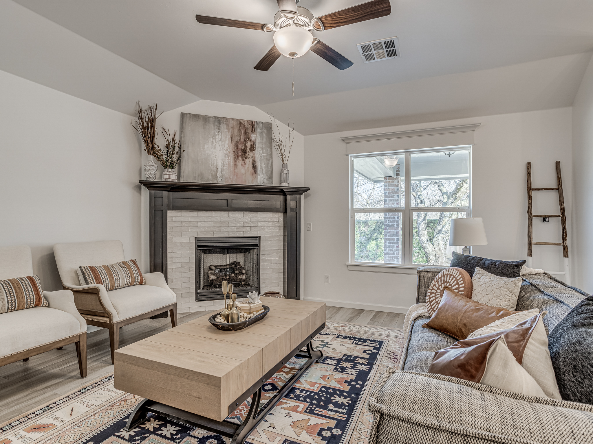 805 Azalea Farms Road, Noble, Oklahoma 73068, 3 Bedrooms Bedrooms, ,2 BathroomsBathrooms,House,For Sale,805 Azalea Farms Road,1020